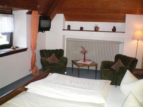 Kamer in hotel Alte Dorfschaenke in Kinderbeuern