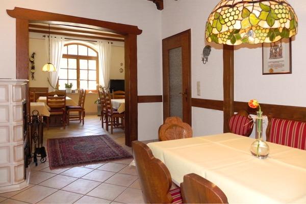 6 slaapkamers vakantiehuis in Neef