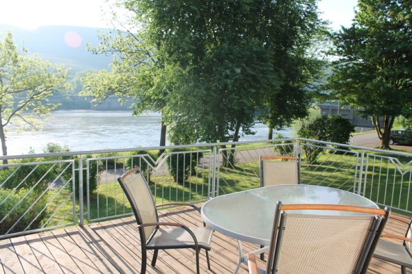 Balkon met Moezelzicht vakantiewoning Faber