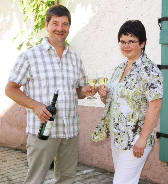 Fam Jüngling Frohliches Weinfass Kenn