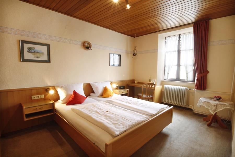 slaapkamer vakantiewoning frohliches weinfass