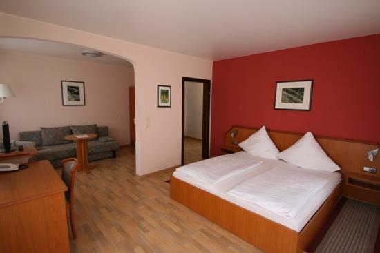Hotelkamer in hotel Krone Riesling Trittenheim