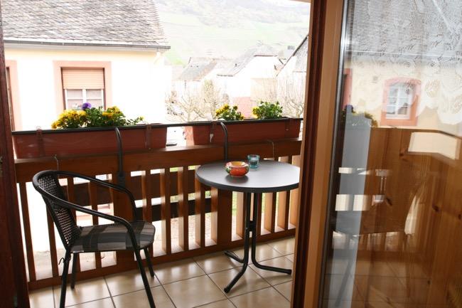 kuhnen-pension-balkon