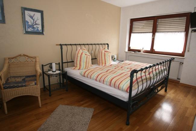 kuhnen-pension-slaapkamer2