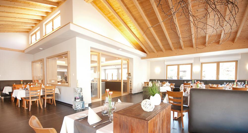 Puenderich-hotel Marienburg-restaurant