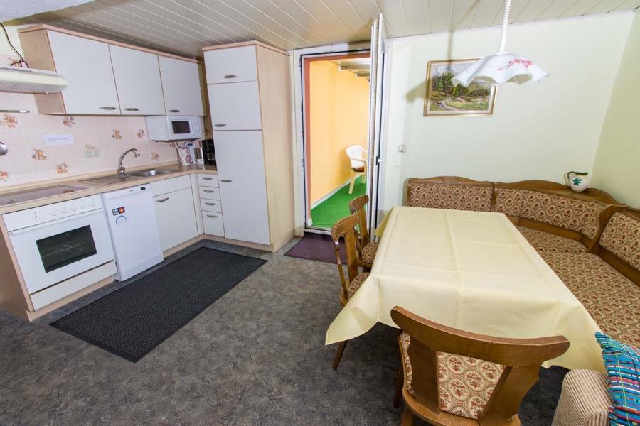 grote vakantiewoning moselblick burg keuken