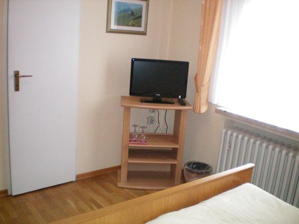 tv op kamer in pension melcher