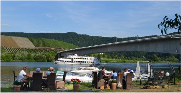 hotel Moselblick Piesport uitzicht