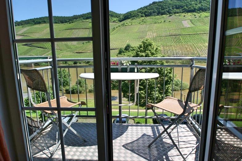 Balkon met Moezelzicht Reil