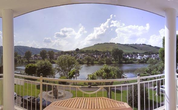 Haus notenau in Zell vakantiewoningen uitzicht