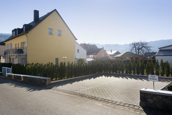 Trittenheim-parkeerplaatsen-vakantiewoning-Porten