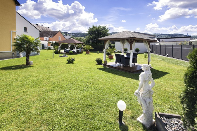 Trittenheim-tuin-vakantiewoning-Porten