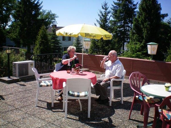 Terras bij restaurant hotel Rauchfang Leiwen