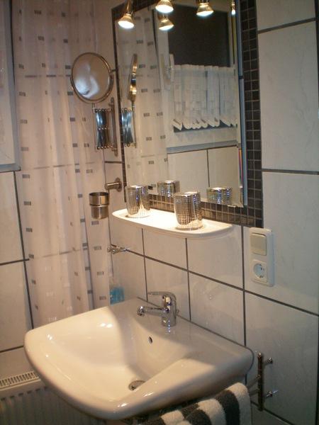 badkamer weiss ediger-Eller