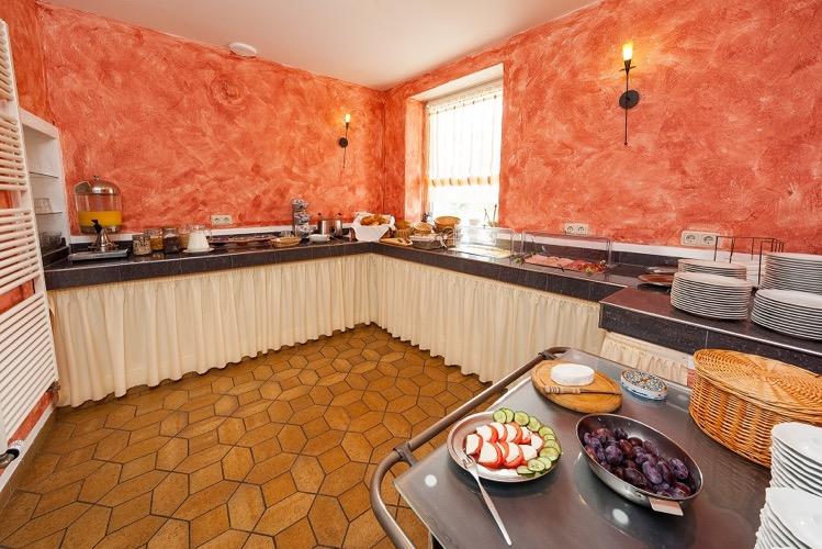 Ontbijtbuffet in hotel zum Anker in Detzem