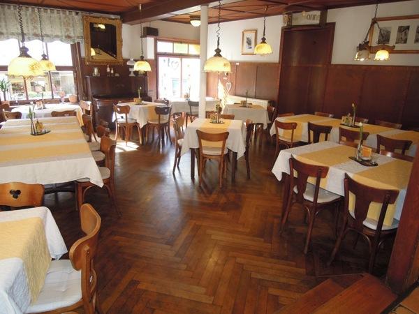 Restaurant zur Sonne in Enkrich